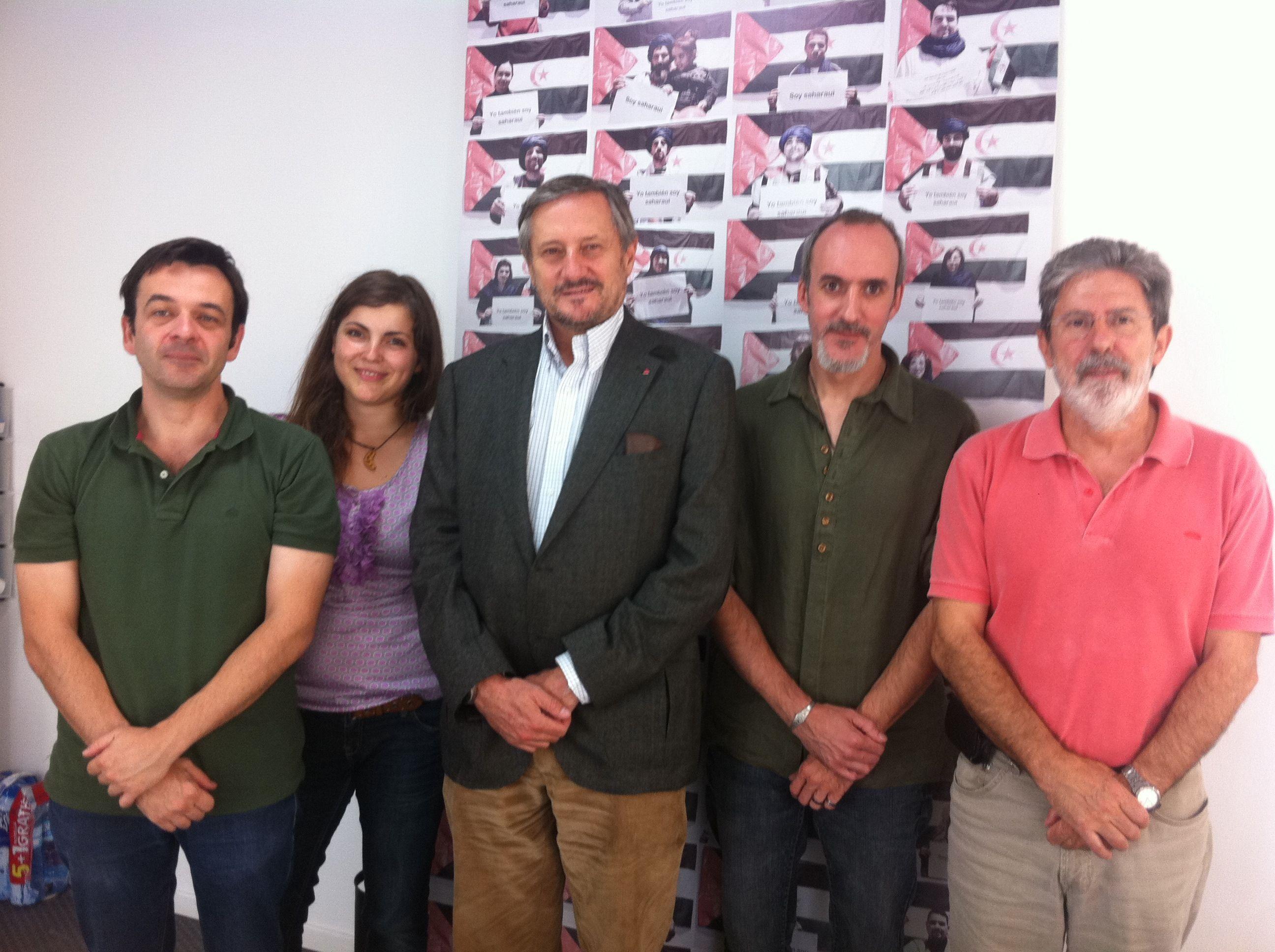 Asociaciones de solidaridad con el Pueblo Saharaui se reúnen con el eurodiputado Willy Meyer