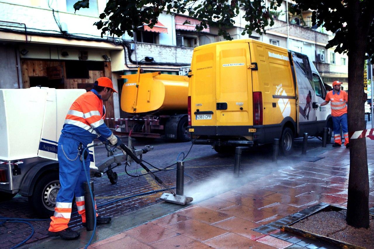 El Justicia de Aragón admite a trámite la queja de nuestra Asamblea Local en Fraga sobre la utilización de personas que realizan trabajos para la comunidad en el servicio de limpieza viaria