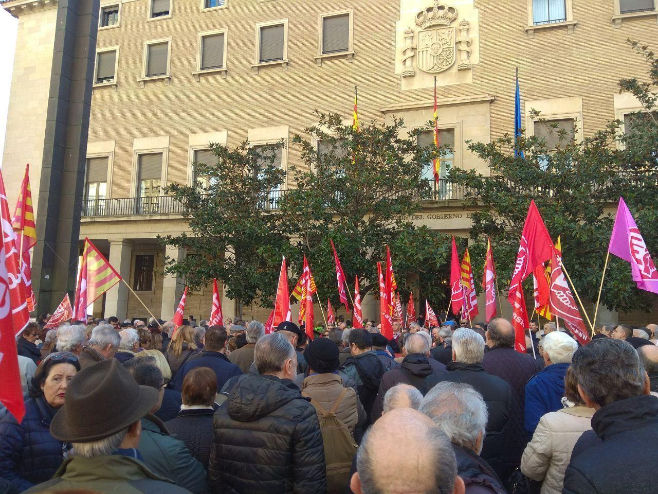 """Apoyamos la movilización contra la """"miserable"""" subida de las pensiones que propone el Gobierno"""