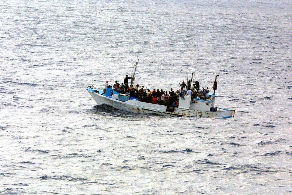 Instamos a los Ayuntamientos aragoneses a implicarse en la acogida de personas refugiadas