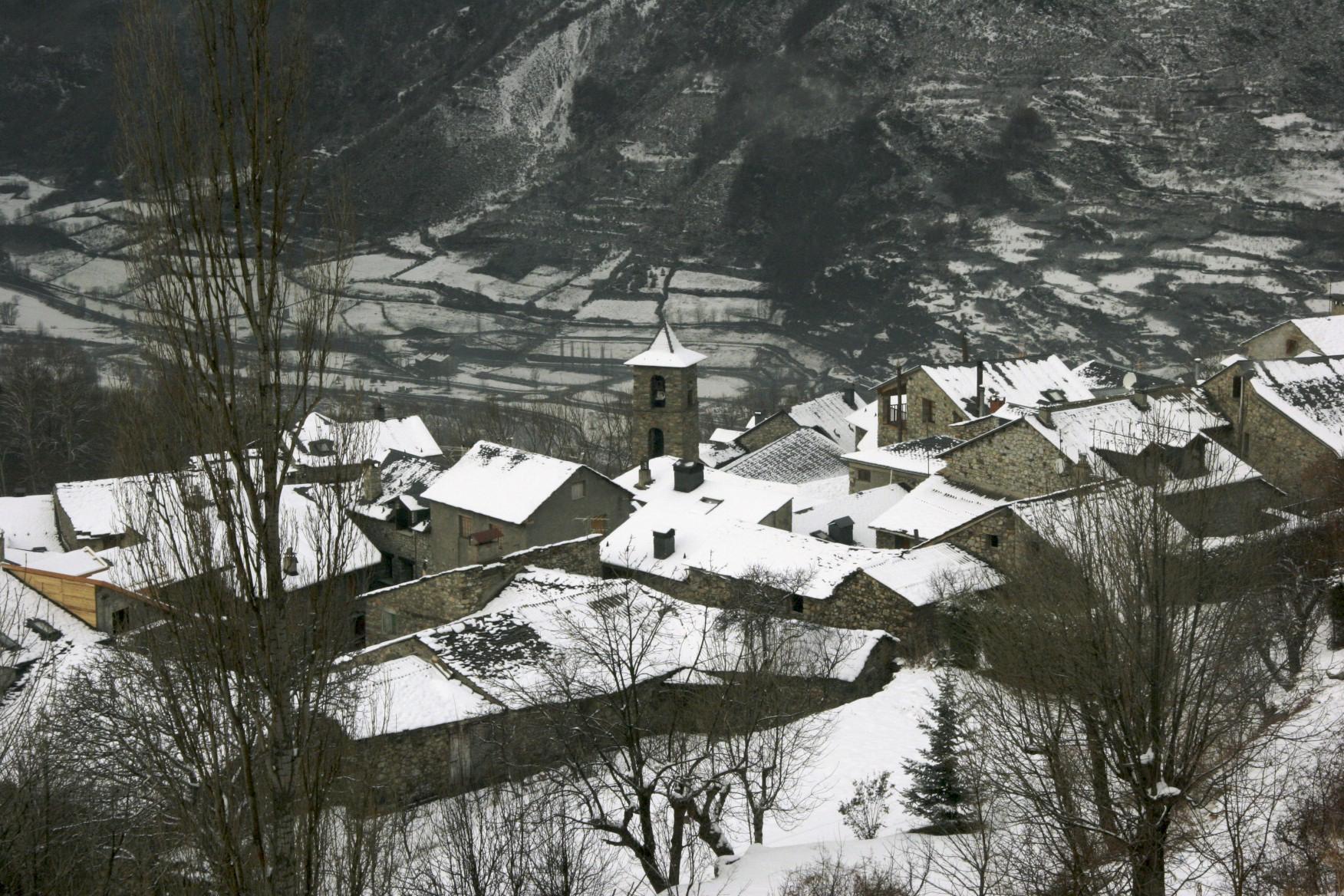 Pedimos explicaciones a Olona y a Soro por el desbloqueo de la mayor operación inmobiliaria proyectada en el Pirineo aragonés