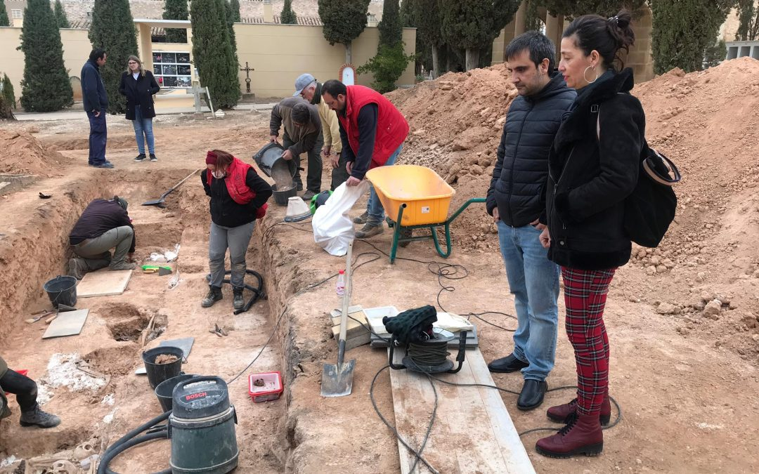 """Agradecemos la labor realizada en la excavación de Pozos de Caudé, """"un paso más hacia la recuperación de la memoria histórica del Bajo Aragón"""""""