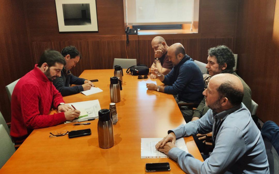 Instamos a Aliaga a reunirse con los representantes sindicales de Schindler