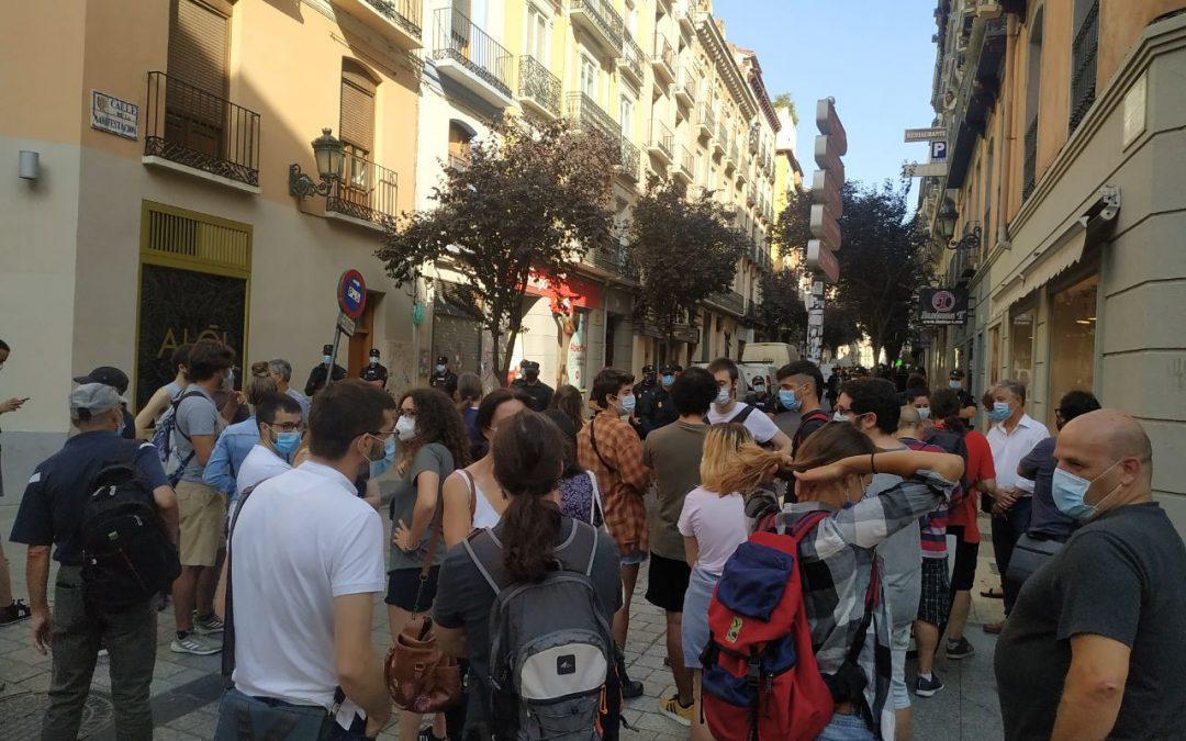 Denunciamos la desproporción del operativo en el desahucio de 22 personas sin techo en Zaragoza