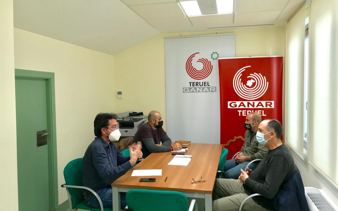 Ganar Teruel – IU recoge las reivindicaciones de los bomberos en busca de soluciones inmediatas