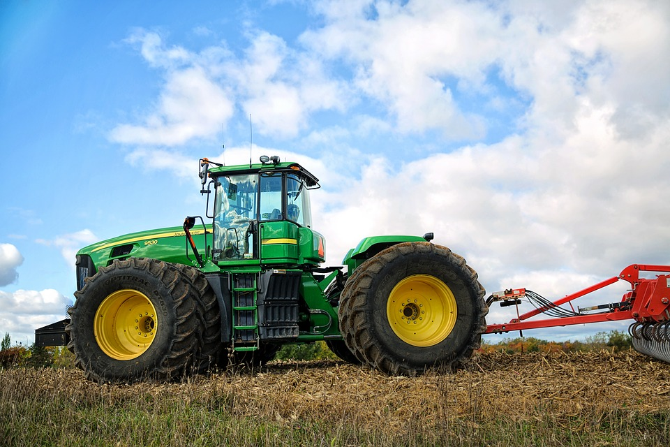 Apoyamos las movilizaciones del sector agrario que claman por una PAC justa que garantice el futuro de las las explotaciones familiares
