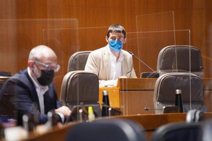 Rechazamos el cierre la atención de urgencia en algunos centros de salud de Zaragoza y pedimos la comparecencia de Repollés en las Cortes